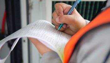 certyfikacja-pomaranczowa-kamizelka-kartka