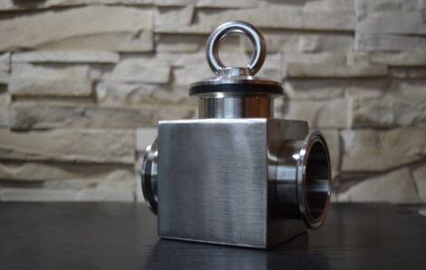 What are the devices for the magnetic separation of metals?